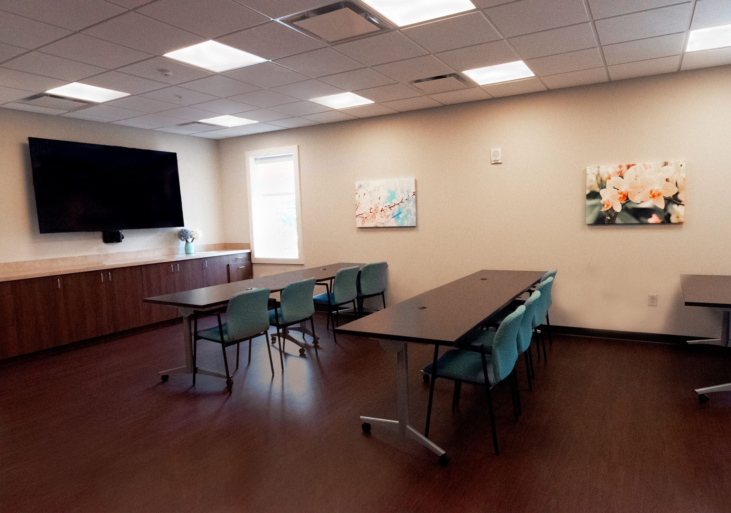 Picture of a staff training room at Willowbrooke Court